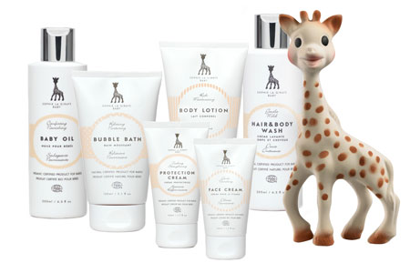 sophie-la-giraffe-baby-range-with-sophie